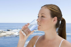 Употребление жидкости между приемами пищи