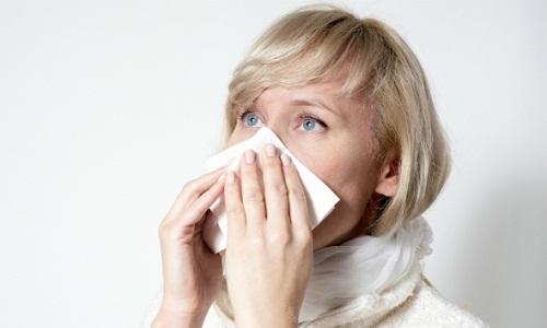 Заложенность носа одна из симптомов рака   носоглотки